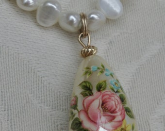 Vintage - Freshwater Pearls - Coral - Jade - Tear drop Pink Rose - Necklace