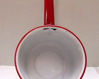 Small Granite Pan - White with Red Rim and Handle - Farmhouse Chippy