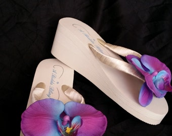 Ivory Flip Flop or White Flip Flops Bridal Sandals Ivory Bridal Shoes with Purple Orchid Flower