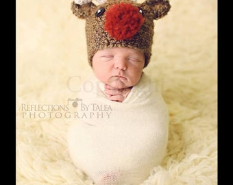 In Stock 3-6 month Reindeer Hat, Baby Christmas Hat, Baby Photo Prop, Baby Crochet Christmas  PHOTO PROP