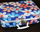 Vintage Childs Suitcase - Vintage Red White Blue Suitcase  - Daisies