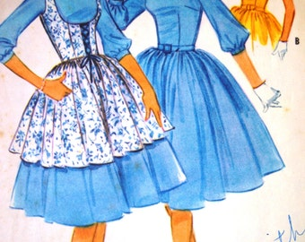 McCalls 5449 - 50s Sewing Pattern - 60s Sewing Pattern - Pinafore Sewing Pattern - Lace Up Dress - 32 Inch Pattern