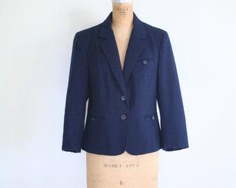 15 DOLLAR SALE! // 1970s preppy schoolboy blazer - navy blue blazer / school girl blazer - navy blue wool blazer / vintage lolita blazer