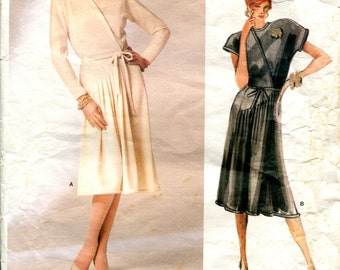 Vogue 1750 Geoffrey Beene Dress American Designer Uncut B34