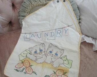 SWEETEST Vintage Baby Laundry Bag Hand Embroidered Kitty Cat Kittens Wearing Bow Q100