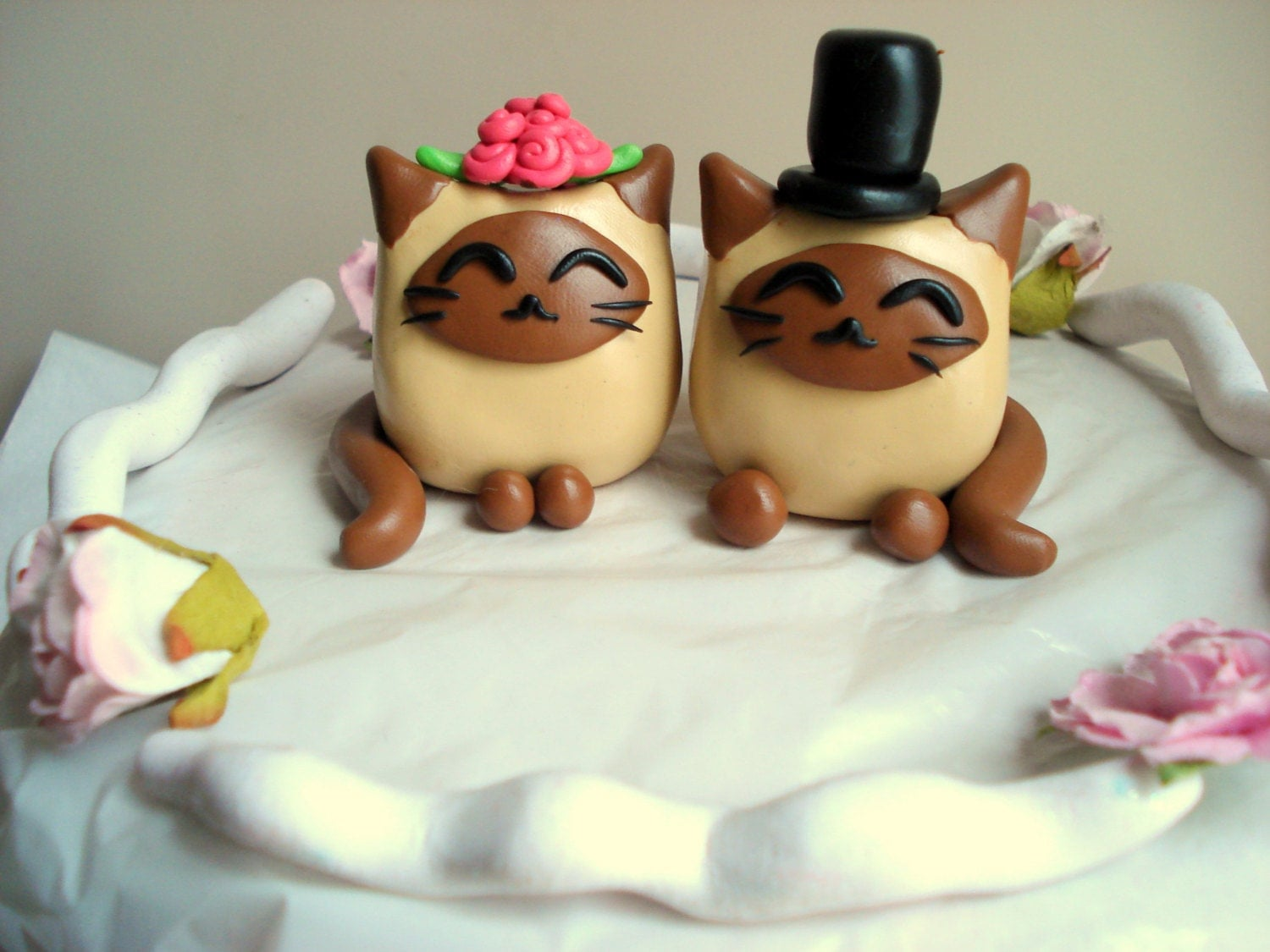 Siamese Cat Wedding Cake Toppers Bride and Groom by ...
