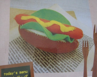 Japanese Handmade Wool Felt Kit - Hotdog