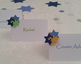 Passover Place Cards Seder Table Decorations - Frog & Jewish Star Place Cards Package of 12 - Choice of Colors