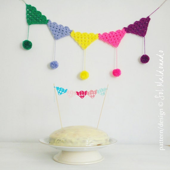 Crochet Pattern Bunting PDF - bunting, necklace, applique, cake topper all with this PHOTO tutorial - Instant Download