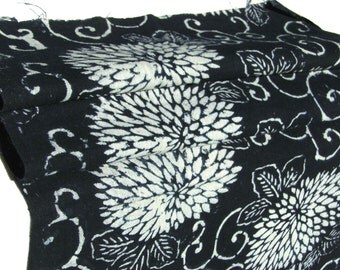 Long Antique Indigo Scarf. Hand Loomed Japanese Katazome Cotton. Aizome. Floral Stencil Design (Ref: 1056)