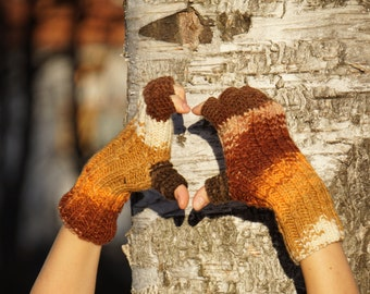 Multicolored white, orange, brown, beige knitted fingerless gloves mittens