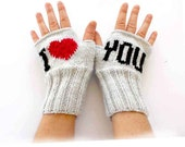 Fingerless Gloves . Fashion 2015 . Girls Women . Valentines Day . Love . Gray Color . Red . Black. I Love You . Mother's Days