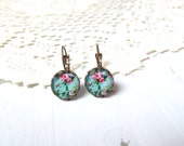 Floral drop Earrings vintage style  , Round pastel flower earrings , gift for her