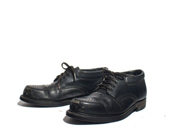 8.5 D | 1970's KNAPP Safety Shoes Pinhole Tops Black Leather Oxfords Oil-Resistant Soles