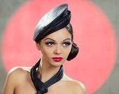 Couture black parasisal Kate Middleton style