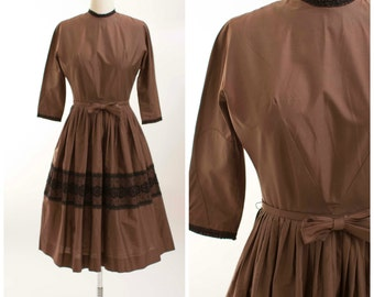 50s Vintage Dress • Poise in Paris • Brown Cotton Vintage 1950s Day Dress Size Small