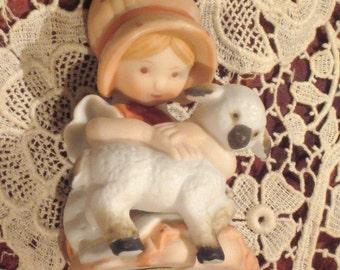 Vintage 1980 Holly Hobbie Figurine Caring Heart