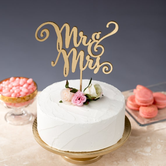 Mr and Mrs Cake Topper - Wedding Cake Topper - Daydream Collection