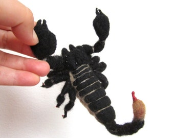 Custom reptile, needle felted emperor scorpion, arachnid sculpture, realistic tarantula felted gecko, posable lizard, life like, bug replica