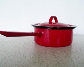 Red Enamelware Cooking Pot w/Lid Black Rim