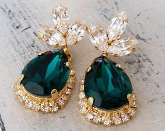 Emerald earrings,Emerald green chandelier earrings,Drop earrings,Emerald bridal earrings,emerald bridesmid earrings,Swarovski earrings