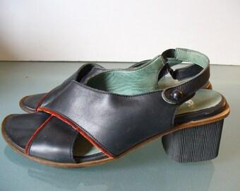 Vintage Camper Sandals Size 36EU