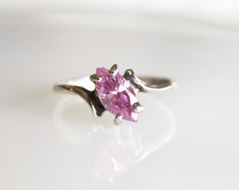 Vintage Pink Tourmaline Sterling Silver Ring / Size 9 1/2