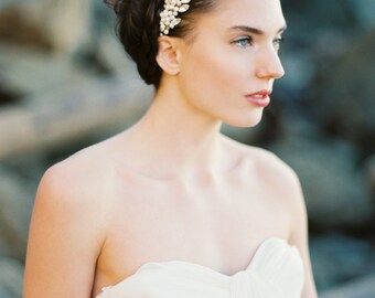 Bridal Comb, Rhinestone Freshwater Pearl and Blush Hair Comb, Pearl Headpiece - Style 3115