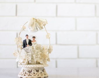 Vintage Wedding Cake Topper - Chalkware Bride and Groom Topper - Floral Arch with Wedding Bell - Fretwork Base