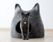 Cat bed, cat cave, cat house, handmade felt wool cat bed, black with natural light, made to order,  unique gift, gift for pets, felt animals