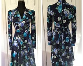 Vintage 1970s-1980s Vintage Blue Floral Long Sleeve Dress.