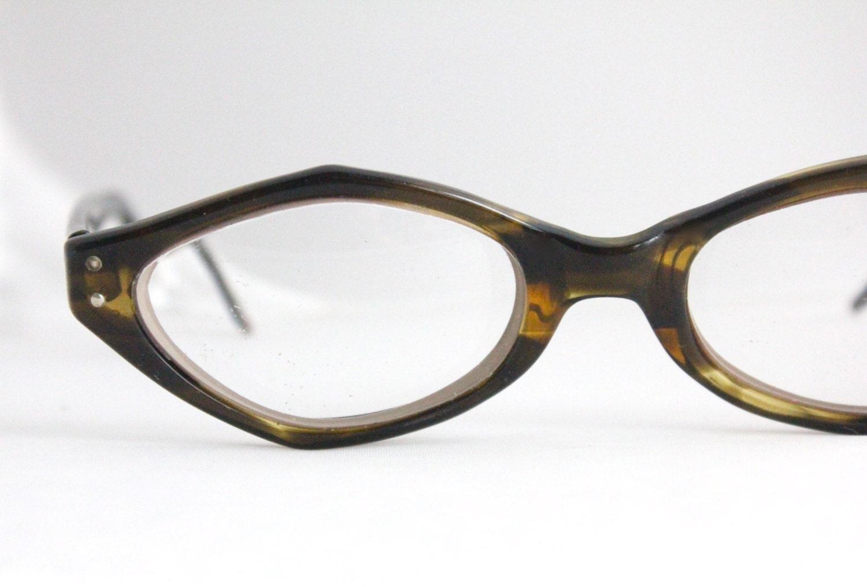 Vintage Tortoise Shell Eyeglass Frames : Vintage 50s Angular Tortoise Shell Cat Eyeglasses