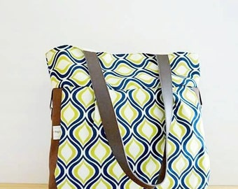 Medium Diaper Bag in Blue Brown print and matching changing pad / Beach Bag / Tote / Purse / Bag / Purse / Crossover shoulder bag