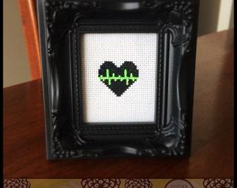 Heart Beat Cross Stitch PDF Pattern - Immediate Download from Etsy - Music / Sound Line SugarStitch