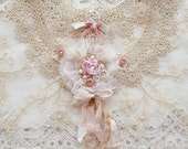 Beautiful Embellished Vintage Tatting Lace Collar