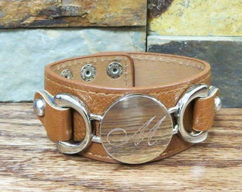 Personalized Leather Bracelet w Silver disc- Light Brown- Initial Bracelet - Monogrammed- Womens Gift