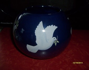 Vintage Teleflora Peace Dove Vase