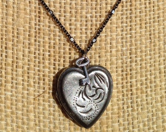 """NEW PRICE Vintage Heart Shaped Sterling Silver Locket with Skeleton Key Oxidized Sterling Silver Chain - 20"""" - Etsy andersonhs"""