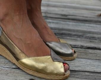 Vintage Gold Silver Bronze Metallic Size 6 Evan Picone Open Toe Wedge