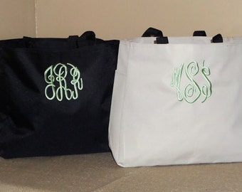 Monogrammed Bridesmaid Bags, Bridesmaid Gifts, Wedding Party Gifts, Wedding, Beach Bag, Canvas Tote, Personalized Gifts. Lots of Colors