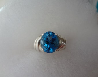 London Blue Rhinestone Silver Ring Crystal 925 Sterling Silver Rhinestones Crystals Ice Topaz size 7 Sapphire Birthday Anniversary Gift