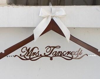 Personalized Wedding Dress Hanger, Deluxe Custom Bridal Hanger, Bride Name Hanger, Bridesmaid Hanger, wedding gift EL019