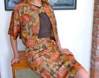1960s Custom Made Silk Suit Floral Print Mid Century 1960s Vintage Couture  Pencil Skirt  & Cropped Jacket