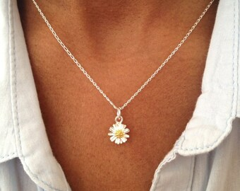 Sterling Silver Daisy Necklace, Floral Necklace, Floral Jewelry Gift UK Shop  Mothers Day Gift Birthday Gift