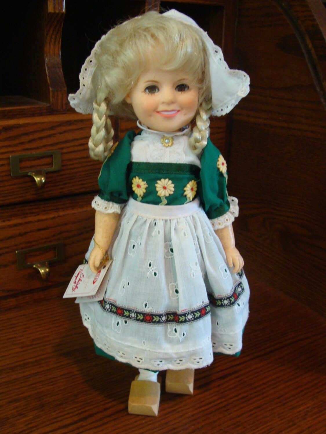 vintage ideal shirley temple dutch doll 1982