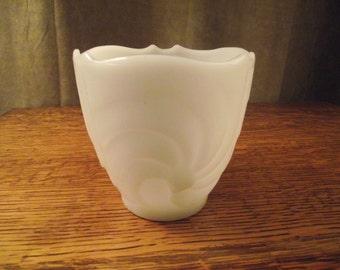 White MILKGLASS Vase,Vintage Milkglass VASE,E.O. Brody Milkglass,Vintage Home Decor,Cottage Decor,Short Milkglass Vase