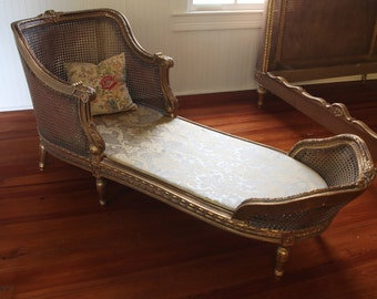 Fabulous Gilt French Chaise Lounge Day Bed