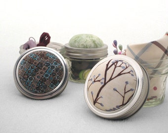 Pin Cushion, Pincushion, Pin Sharpening Emery Pincushion, Mason Jar Pin Cushion, Pin Cushion Jar, Gift Under 20, Shower Gift