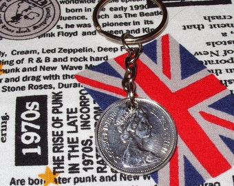 1968 British Old Large Five Pence Coin Keyring Key Chain Fob Queen Elizabeth II
