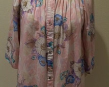 Vintage C. 60's Pink Floral High Collar Robe/House Robe by Gilead Size Small